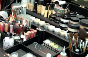 Выбор профессиональной косметики для макияжа