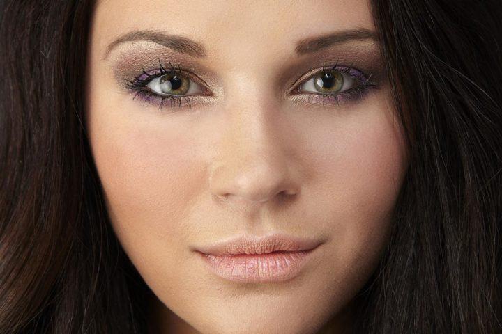 Вечерний макияж для брюнеток с зелеными глазами