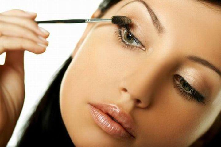 Как сделать макияж в домашних условиях видео » Макияж в домашних условиях